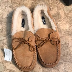 NWOT Lands' End Men's Slippers